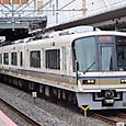 JR西日本 221系リニューアル車 NA418編成