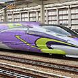 JR西日本 500系新幹線 エヴァンゲリオン特別仕様  7000番台 V2編成① 521-7002